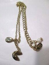 VINTAGE COOKIE LEE DESIGNER FORTUNE COOKIE FORTUNE LUCK CHARM GOLD TONE PRETTY