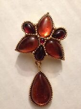"AVON GOLDTONE 1997 FAUX AMBER PENDANT 2 1/2"" PIN BROOCH (c123)"