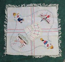 Service de table, nappe & serviettes anciennes, Pays Basque, joueurs de pelote