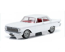 1:18 DDA - 1965 XP Falcon Sedan White with Custom Wheels