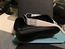 CHANEL 4117-B WHITE 287/8G AUTHENTIC SUNGLASSES+CASE VERY NICE PRE OWNED GLASSES