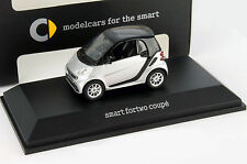 Smart fortwo Coupe argent 1:43 Spark