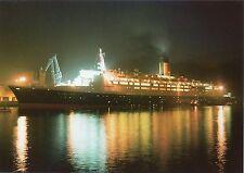 CP - Escale de nuit du Queen Elizabeth 2 à Cherbourg en 1990