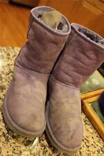 UGG Classic Short 5825 Women PURPLE shearling  Boots Size 8   (UGG100)