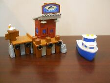 Fisher price geotrax Geo trax Portside Fishing Pier & Boat Dock water