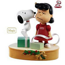 2009 Hallmark KISSED BY A DOG Magic Ornament SNOOPY & LUCY Peanuts *Priority Shp