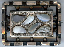 ANTIQUE SCOTTISH SILVER PAISLEY SHAPES PEBBLE AGATE PIN
