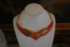 VINTAGE BLACK & RED ENAMEL PIECE GOLD TONED METAL CHAIN CHOKER CASUAL NECKLACE