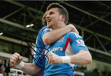 Hull City Hand Signed Shane Long 12x8 Photo.