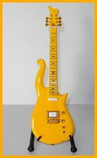 PRINCE ! GUITARE MINIATURE DE COLLECTION LOVE SYMBOL CLOUD ! YELLOW Electrique