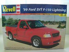 REVELL - (1999) '99 FORD F-150 SVT LIGHTNING PICKUP TRUCK - MODEL KIT (SEALED)