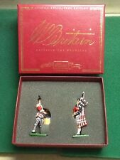 Britains 00129 Pipes and Drums King's Own Scottish Borderers (2pc)