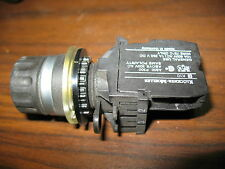 Klockner Moeller M22-WR 2 Position Maintained Selector Switch