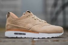 NIKE AIR MAX 1 ROYAL  SZ: MNS 11 (847671 221) Retail: $250.00