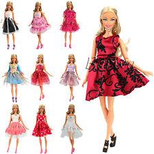 5 Fashionistas Hochzeit Kleidung Mini Dress Kleider Set für Barbie Puppe