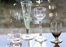 4 Gläser Emailmalerei Rauchglasfuß Schnapsglas Stielglas Jugendstil mundgeblasen