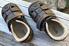 Surprize by Stride Rite Toddler boys Size 5, Brown / Black sandals  - A