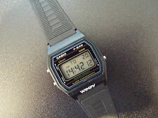 Gents Vintage Casio f-84w modulo 593 ALARM CHRONO DIGITALE WATCH. NUOVO VECCHIO STOCK.