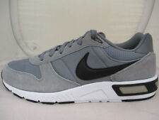 Nike Nightgazer Mens Trainers  UK 7 US 8 EU 41  REF 4347*