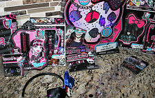Monster High Lot Charm Bracelet Hair Streaks Nail Art Jewelry- Gift Idea
