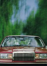 Big 1993 LINCOLN TOWN CAR Brochure / Catalog : Cartier,Signature,Executive