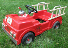 Rare Vintage Clean AMF Wheel Goods City Fire Dept. 8 Fire Truck With Ladders