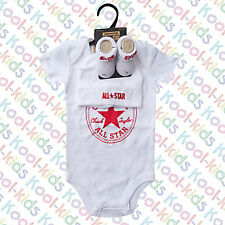 CONVERSE BABY UNISEX  WHITE VEST,  HAT & BOOTIES ON A HANGER  0-6 MONTHS -
