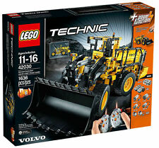 LEGO Technic Volvo L350F Wheel Loader 42030 Brand New