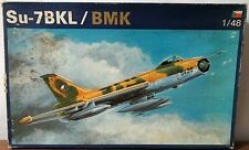 OEZ 1989 Kit Su-7 BKL / BMK Plastic Model Kit 1/48