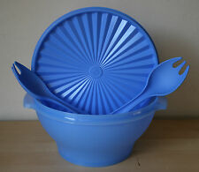 Tupperware Large Servalier Salad Bowl w/ forks  17 Cup Iris Blue New