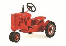 Farmall M Narrow Front Pedal Tractor W/Spoke Wheels by Scale Models NIB!