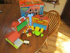 Fisher Price Little People Play Family Tudor House living room chair 952 A4 box
