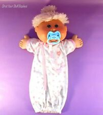 2004 CABBAGE PATCH  Play Along BABY w/Blue Pacifier. GOOD CONDITION. See Photos