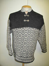 Traditional Vintage Nordic Norwegian Pattern Clasp Neck Jumper Size S 36""