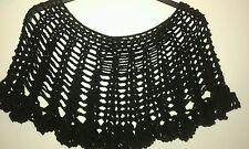 Mantella copri spalle poncho all'uncinetto lana per donna elegante colore nero