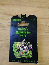 Disneyland 2016 Mickey's Halloween Party Dracula Mickey & Witch Minnie Pin