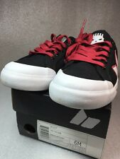 Macbeth Eliot Skate Shoe MB315F01AP Black Red White MENS 6 Women's 7.5