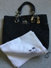 AUTHENTIC COACH BLACK HAND BAG PURSE