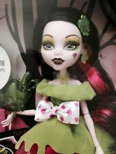 Monster High Doll Target Exclusive Draculaura As Snow Bite New NIB MH Story Tale