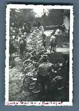 France, Puéchagut, Baptême des vélos  Vintage silver print.  Tirage argentiq