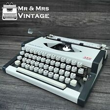 Olympia Traveller De Luxe S White Typewriter Working Black Ribbon