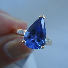 2.52ct AAA Tanzanite & Diamond 18k Yellow Gold Ring