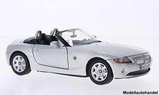 BMW Z4 (E85) silber 2003 - 1:24 MotorMax