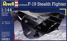 Revell 1/144 F19 Stealth Fighter Plastic Model Kit 04051
