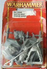 Bretonnian Knights Of The Realm - Questing Knight Standard Bearer OOP Warhammer