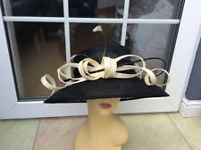 LADIES BLACK/CREAM WIDE BRIM HAT FOR WEDDINGS/RACES/SPECIAL OCCASIONS/NEW/TAGS