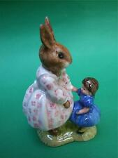 Vintage Royal Doulton '' DOLLIE BUNNYKINS '' Play time Figurines 70.s Mint
