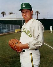 AWESOME CATFISH HUNTER  A'S ACE PITCHER IN THE 70'S 8 x10 PHOTO