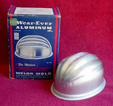 Vintage Kitchen Antique 1939 WEAR-EVER Aluminum Melon Mold in ORIGINAL Box