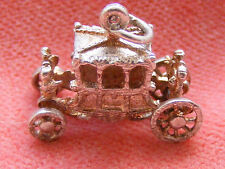 VINTAGE STERLING SILVER CHARM CARRIAGE MOVES